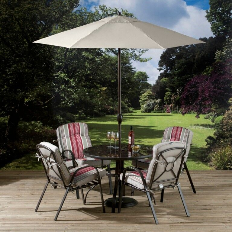 Pagoda Bari 4 Seater Garden Furniture Set With Parasol & Stackable Chairs - PAGBSET4S